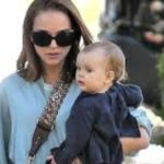Natalie-Portman and her daughter Amalia