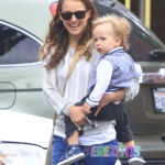 Natalie-Portman and her son Aleph
