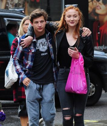 Sophie Turner Bio Height Weight Age Husband Boyfriends Family And More Celebrities Infoseemedia
