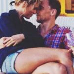 Tom Hiddleston has a relationship with Taylor Swift