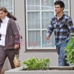 taylor lautnor with his mother
