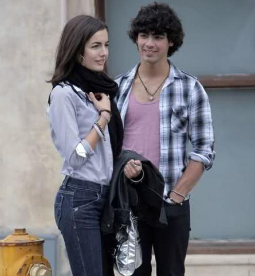 Joe jonas dating camilla belle dating website for 12 year olds