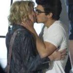Joe Jonas and Chelsea Kane kissing