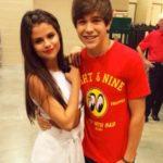 Selena Gomez and Austin Mahone dated in 2014