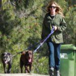 Julia Roberts pets image