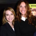 Jul;ia Roberts with her niece Emma Roberts