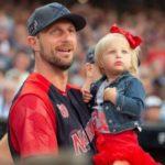 Max Scherzer with daughter Brooklyn May - Scherzer