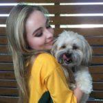Sabrina Carpenter with pet