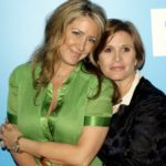 Carrie Fisher with sister Joely Fisher