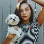 Maddie Ziegler with pet dog