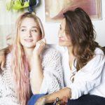 Domino Kirke with sister Jemima Kirke