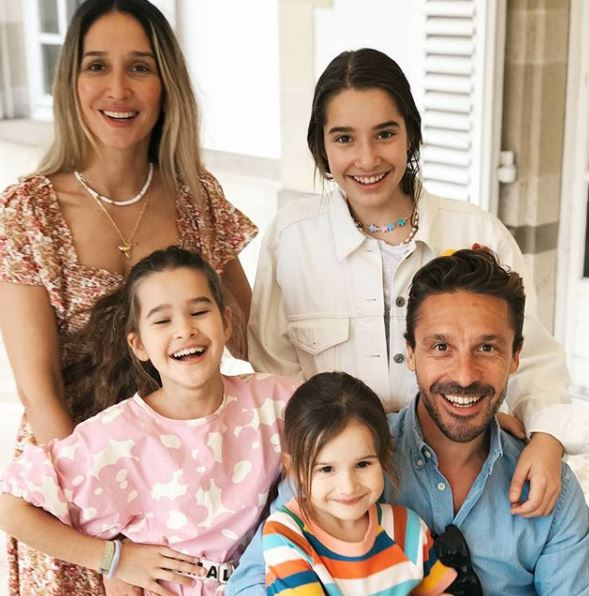 Tiany Kiriloff with her 3 daughters and husband
