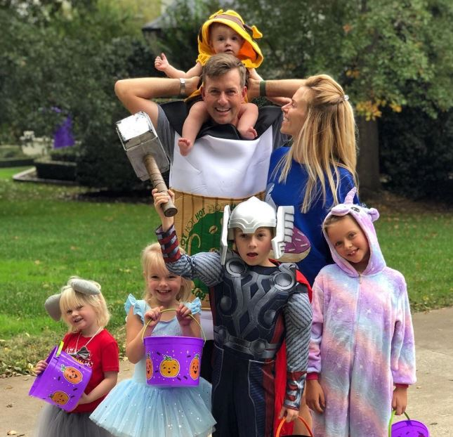Webb Simpson with wife and kids