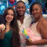 Ozzie Albies with girlfriend and mother