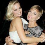 Margot Robbie with mother Sarie Robbie