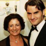 Roger Federer with mother Lynette Federer