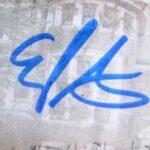 Evan Peters signature