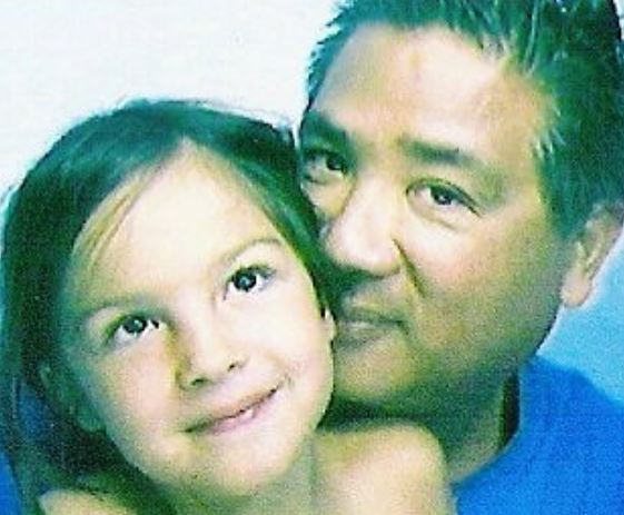 Olivia Rodrigo With Her Father Celebrities Infoseemedia