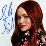 Sadie Sink signature