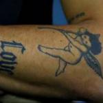 Daniel's left hand tattoo image.