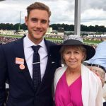 Stuart Broad with his mother Michelle Broad