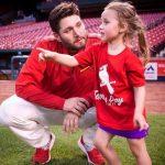 Lance Lynn with his daughter Mia Jane Lynn