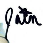 Iain Armitage signature