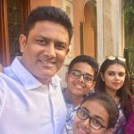 Anil Kumble with his son and daughters
