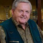Chrissy Teigen's father Ron Teigen Sr