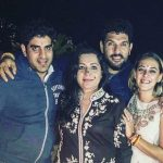 Yuvraj Singh with his brother, wife and mother