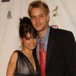 justin Hartley with ex-wife Lindsay Hartley image