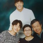 Nam Joo-hyuk with his father and mother and brother