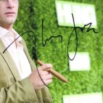 Thomas Jane signature